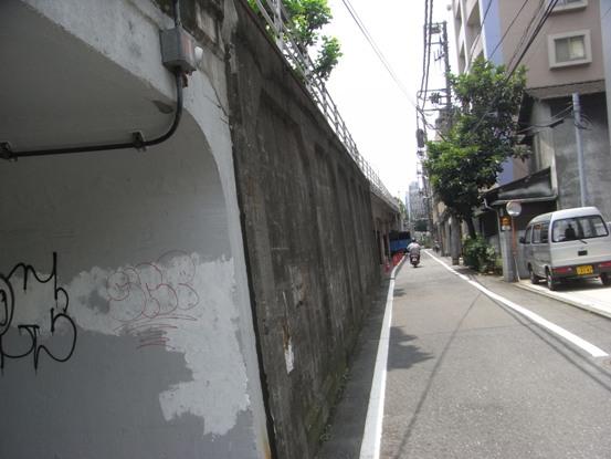 2011010317.jpg